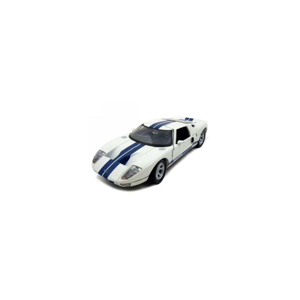 Ford GT Diecast Car Model 1/24 White Die Cast Car by Motormax