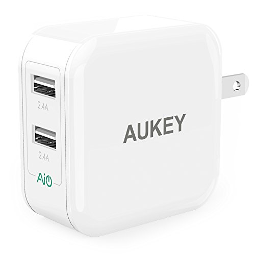AUKEY USB Wall Charger with Dual-Port 24W/4.8A Output and Foldable Plug - White