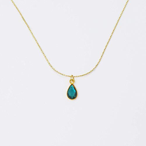 (Swarovski Emerald Green Crystal Drop Pendant 18 Inch Necklace)