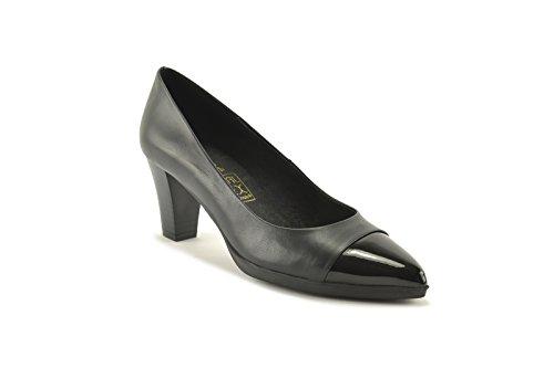 ConBuenPie by Desiree - New Collection - Zapato con tacón en piel en color Negro, Cuero y Taupe Negro