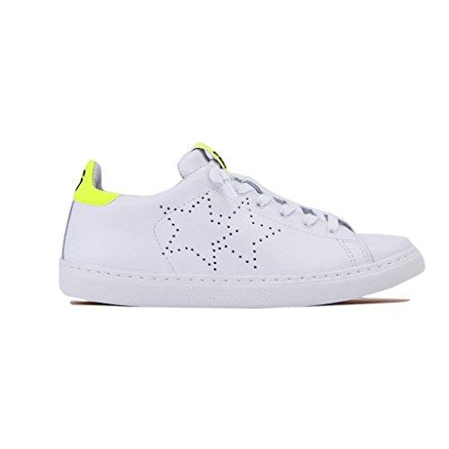 2 Strar Sneakers Unisex, Low, in Pelle, Colore Bianco Giallo Fluo. Brand Chiara Ferragni