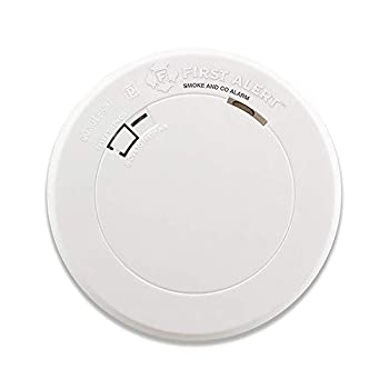Image of First Alert PRC710 10 Year Battery Combination Smoke & Carbon Monoxide Alarm, Family Value 4 Pack with Free Goodies for Kids