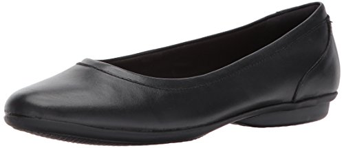 CLARKS Women's Gracelin Mara Flat,Black Smooth,8.5 M US by CLARKS