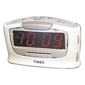 timex t254w jumbo display alarm clock with radio home kitchen. Black Bedroom Furniture Sets. Home Design Ideas
