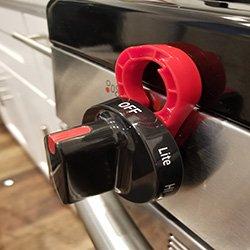 Stove Stoppaz Universal Kitchen Stove Knob Locks (5 Count) (Red)