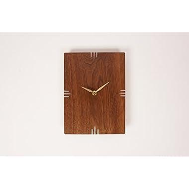 Oscar Wall Clock / Walnut