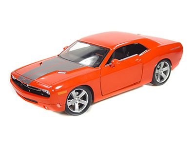 (Maisto 1:18 Scale Metallic Orange 2006 Dodge Challenger)
