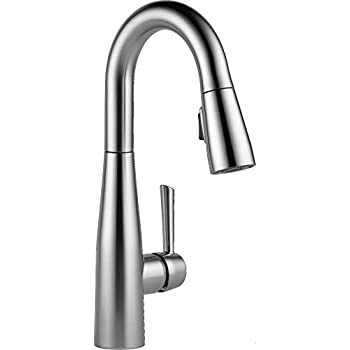 Delta Faucet Essa Single Handle Kitchen Sink Faucet With Pull Down