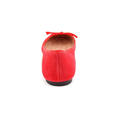 Betsey Johnson Mujeres Necii Flat Shoe Red Suede