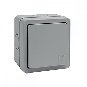 hager wxpps12 weatherproof light switch ip66 1 gang 2 way 10 amp