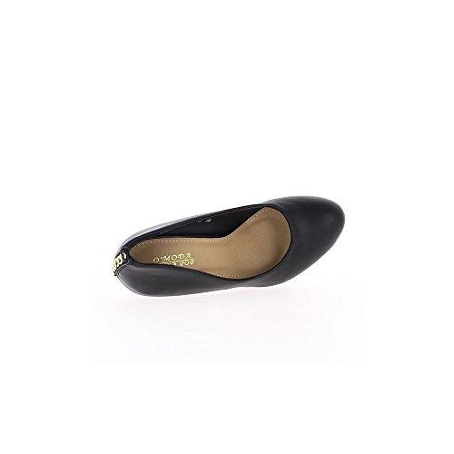 Escarpins brillants noirs à talons de 10,5cm et plateau avant chainette dorée