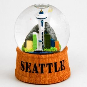 (2 8/18) Seattle Snow Globe Wood Based 60mm 44147 -
