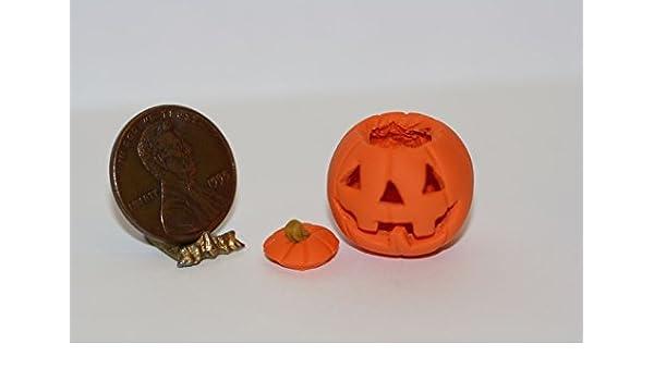 Amazoncom Lorraine Adinolfi Dollhouse Miniature Carved