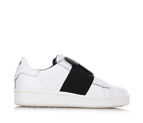 MOA - Weißer Schuh mit Schnürsenkeln, auf der Vorderseite ein elastisches Band mit Logo, Jungen