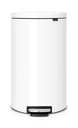 Brabantia Flatback+ Step Trash Can - 7 Gal / 30L, ()