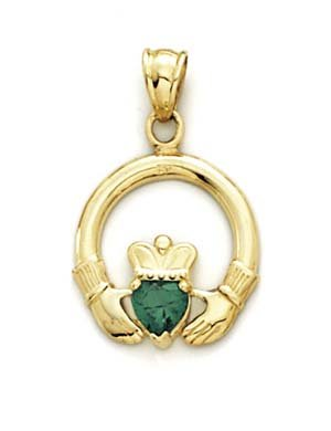Une émeraude synthétique 14 Carats Pendentif Claddagh JewelryWeb