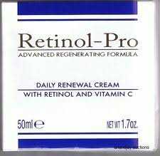 (Retinol-pro advanced regenerating formula Daily Renewal Cream with Retinol and Vitamin C 1.7 oz. Made in Italy)