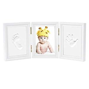 Impronta Bambino - Newlemo Cornice Bambino Baby con Porta Foto in Legno per Mani e Piedi del Bambino - Kit Impronte… 310bBsCATJL. SS300