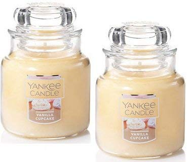 Yankee Candle 2 Pack Small Classic Jar Candle Vanilla Cupcake 3.7 Oz. by Yankee Candle