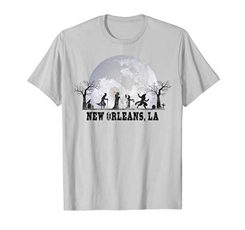 Halloween In New Orleans 2019 (Vintage Halloween Full Moon in New Orleans LA Retro)