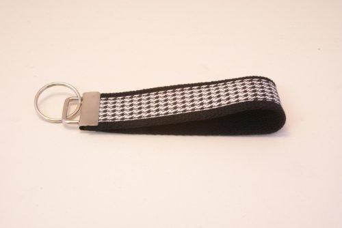 Wristlet Key Fob Larger 6 Inch Wht/Blk Houndstooth Black