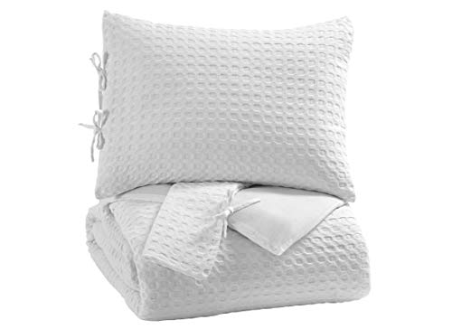 - Signature Design by Ashley Maurilio King Comforter Set, White