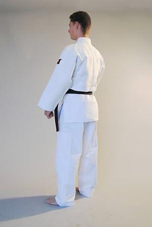 MATSURU Judogi MATSURU White 185: Amazon co uk: Sports