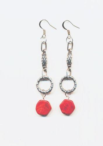 1 paire Boucles d'oreilles metal, , perles en corail, Accessoires argentes. frais de port gratuit.