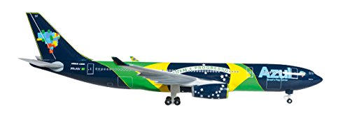 daron-herpa-azul-a330-200-1-500-brazilian-flag-regpr-aiv-vehicle