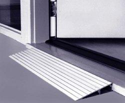 Aluminum Threshhold Ramp Size: 3'' H by EZ-Access