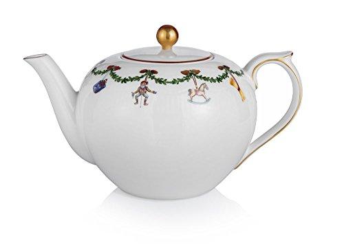 Royal Copenhagen Star Fluted Christmas 1016965 Tea Pot 48 oz. Fluted Teapot