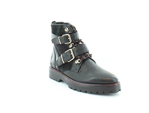 BURBERRY Utterback Women's Boots Black Size 6 M