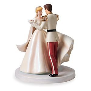 Disney WDCC Cinderella and Prince Charming ''Happily Ever After'' Cake Topper
