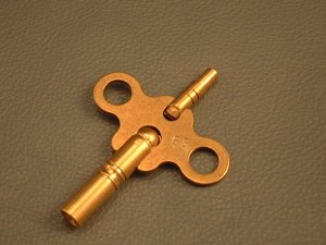 Double Ended Clock Key Size 8/0