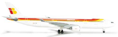 - Herpa Iberia Airbus A330-300 model