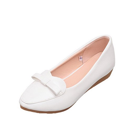 Solid Pull Shoes On White Pumps Low Toe Patent 40 Odomolor Heels Leather Women's Round F5qwC4x0