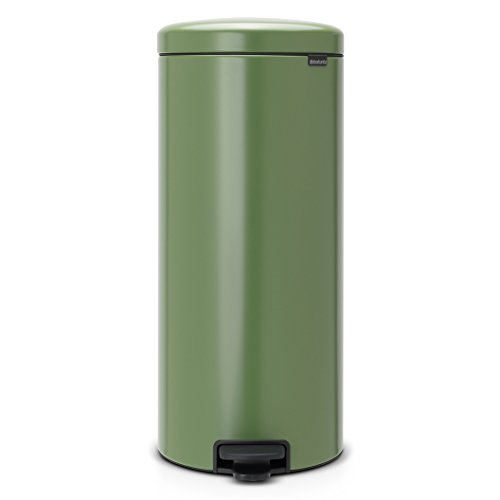 Brabantia Step Trash Can newIcon with Plastic Inner Bucket, 8 Gal. - Moss (Green Trash Can)