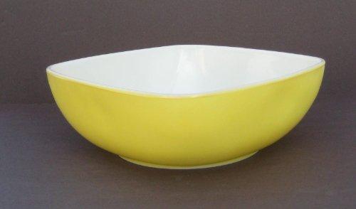 Vintage Yellow Pyrex Hostess Square Casserole or Baking Dish (2.5 Qt)