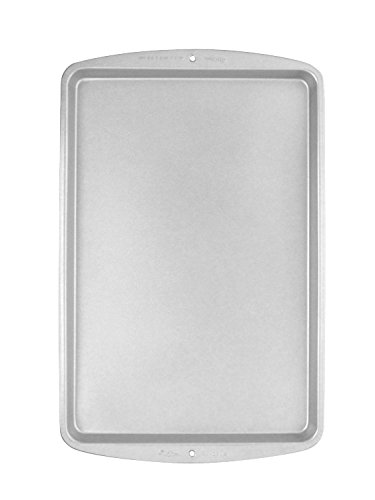 Insulated Jelly Roll Pan - Wilton Recipe Right Non-Stick Air-Insulated Cookie Sheet, 7  x 11-Inch