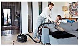 Nilfisk Elite Cylinder Vacuum 3.2l 650W à + Black–vacuums (650W, A +, 22kWh, 280W, 220–240, 50–60)