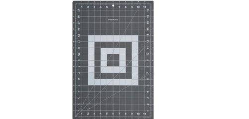 Fiskars 12x18 Inch Cutting Mat (12-83707097J) ()