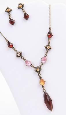 Avon Set Earrings - Avon Lovely London Gift Set Earrings & Necklace