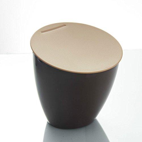Inclinado sobre la mesa Mesa cubo, cubo de basura, mini,Chocolate ...