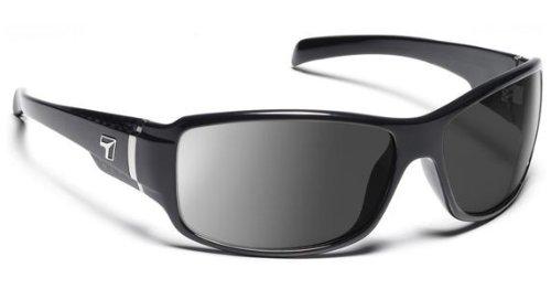5f0fb93df6 Amazon.com  7 Eye Active Lifestyle Sunglasses Cody