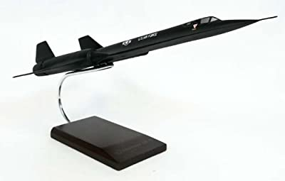 SR-71A Blackbird - 1/72 scale model