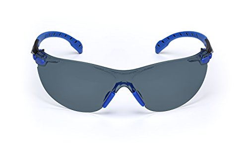 3M Solus 1000 Series Protective Eyewear with Grey Scotchgard Anti-fog Coating, One Size Fits Most, Black/Blue ()