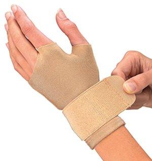 Supports Mueller Medicine Sports - Mueller Compression Wrist Gloves-LG
