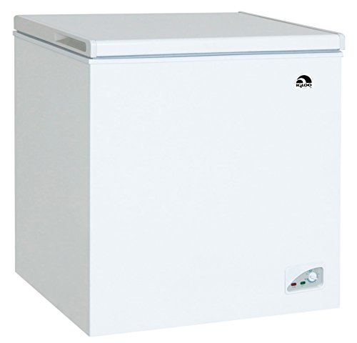 Price comparison product image Igloo FRF472 Chest Freezer,  7.1 Cubic Feet,  White