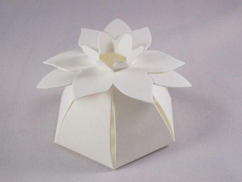 100 X Ivory Flower Top Wedding Favour Boxes Amazon Co Uk Kitchen