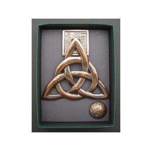 Attrayant Brass W/ Copper Finish Trinity Knot Door Knocker